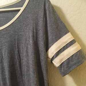 NWT Heather Gray Jersey Perfect Tee